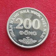 Vietname 200 Dong 2003 KM# 71  Viet Nam Vietnam - Viêt-Nam
