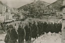 CPM De Tunis A Sienne Italie Tirailleurs Montant En Ligne - War 1939-45