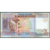 TWN - GUINEA 41a - 5000 5.000 Francs 2006 Prefix CG UNC - Guinea