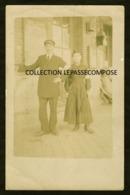 TOP MOUY BURY - GARE - CHEF DE STATION ET FEMME VOLONTAIRE VERS 1914 - Mouy