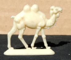 Figurine Publicitaire HEUDEBERT Fab. KUSTER #6 CHAMEAU Pour Le Marché Belge - Figurines