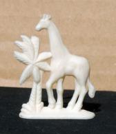 Figurine Publicitaire EFFKA #13 GIRAFE  Type B - Intact & Complet - - Figurines