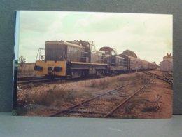 BB 60432 Et BB 66000 Train De Paris à Saulieu En Octobre 1978 Photo Loisier - Treinen