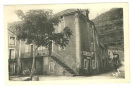 30 TREVES PUBLICITE HOTEL SABIN BERTRAND PENSION DE FAMILLE COMMERCE GARD - Autres Communes