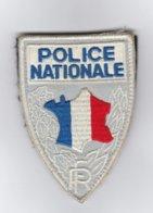 Insigne Tissu Police Nationale (obsolète) Avec Son Support Scratch - Police & Gendarmerie