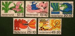 Kinderzegels, Child Welfare Kinder Enfant NVPH 912-916 (Mi 905-909) 1968 Gestempeld / USED NEDERLAND / NIEDERLANDE - 1949-1980 (Juliana)