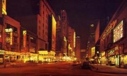 Seventh Avenue At Night - Formato Piccolo Viaggiata – E 13 - Cartoline