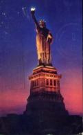 The Statue Of Liberty - Formato Piccolo Viaggiata – E 13 - Cartoline