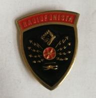 Distintivo Metallico Radiofonista Specialità Esercito Italiano Spilla In Metallo Specialita' Magazzinieri - Altri