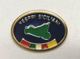 Distintivo Metallico Operazione Vespri Siciliani Esercito Spilla In Metallo Missione Militare Tonda Circolare - Altri