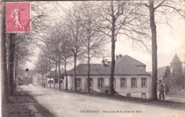 45 -  Loiret  -  COURTENAY  - Vue Prise De La Route De Sens - Courtenay