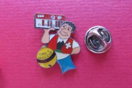 Pin's,RADIO,DRS 1,JASS-CUP, Suisse,croix,cartes De Jeux - Medien