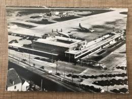 AÉROPORT DE PARIS ORLY Vue Aérienne De L'aerogare Sud - Aerodromes