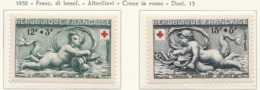 PIA  - FRANCIA  -  1952  : A Profitto Della Croce Rossa - Altorilievi Del Bacino Di Diana A Versailles - (Yv  937-38) - Primo Soccorso