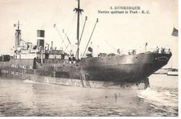 "25/10   59   Dunkerque     Navire Quittant Le Port  Le ""américa France Line"" (animations) - Dunkerque"