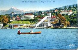CPSM - EVIAN-LES-BAINS - LA PLAGE ET LE LAC (IMPECCABLE) - Evian-les-Bains