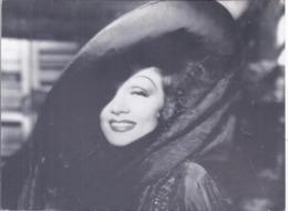 AK-div.30- 380   -   Filmszenekarte  - The Devil Is A Woman (spanische Tänzerin) Usa 1934-1935 - Acteurs