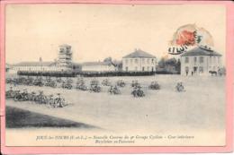Joué Les Tours - Nouvelle Caserne Du 9ème Groupe Cycliste - Cour Intérieure Bicyclettes En Faisceaux Parfait état - France