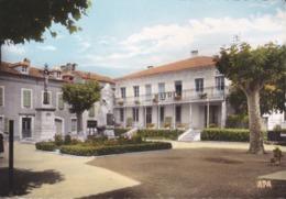 [31] Haute Garonne > Montréjeau Place De L'hôtel De Ville 1965 RECHERCHE - Montréjeau