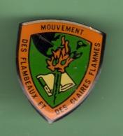 SCOUT *** MOUVEMENT DES FLAMBEAUX ET DES CLAIRES FLAMMES *** 1058 (12) - Associations