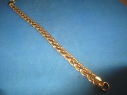 Bijou Fantaisie Ancien /Bracelet Métal  Doré / Mailles Type Palmier/Vers 1960 - 1980    BIJ103 - Jewels & Clocks