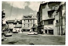 M.8402 - Villefort, Alt. 605 M - Place Du Portalet ( Bureau De Tabac, DS Citroën, Animation) Pas Circulé - Villefort