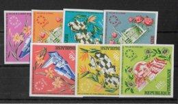 TOGO - FLEURS -  YVERT 536/538 + A71/74 NON DENTELES ** MNH - - Togo (1960-...)