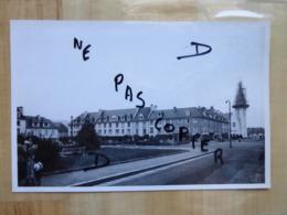 14 AUNAY SUR ODON - REPARATION DU CLOCHER - LA PLACE - PHOTO ORIGINALE 1960 - Altri Comuni