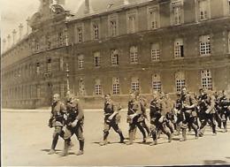 Luxembourg Vormarsch - Mai 1940 Invasion Allemande Devant Caserne Du St.Esprit 9x6cm  2 Scans - 1939-45