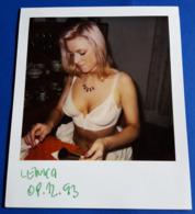 Vintage SEXY PIN-UP GIRL Photo - POLAROID Portrait - Hübsche Junge Frau, Jolie Jeune Femme, Pretty Young Woman [19-507] - Pin-Ups