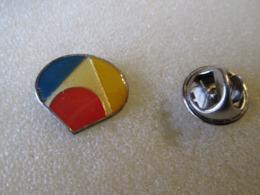 PIN'S   ? - Verenigingen