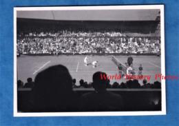 2 Photos Anciennes Snapshot - WIMBLEDON - Match De Tennis à Identifier - 1948 - Leuter Court - Harry Hopman ? - Sport