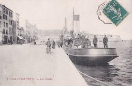 CPA : Port Vendres (66) Les Quais    Bateau Phocéen De Marseille   Ed Nlles Galeries N° 2 - Port Vendres