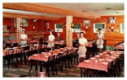 Pennsylvania Intercourse , Plain & Fancy Farm Restaurant , Dining Room - United States