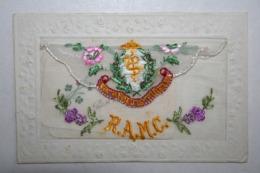 Carte Brodée  Avec Pochette - R.A.M.C  ( Militaire Infirmier ) - Bordados