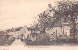 77. N° 104974 .saint Fiacre .entree Du Village . - Francia