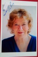 Anne Perry  (author) - Autógrafos