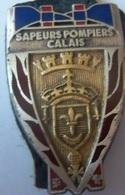 INSIGNE SAPEURS POMPIERS CALAIS - Feuerwehr