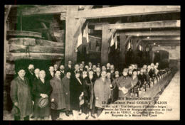 21 - CHENOVE - MAISON PAUL COURT, PRESSOIR DES DUCS DE BOURGOGNE - DELEGATION HOTELIERE EN VISITE LE 10 MAI 1928 - Chenove