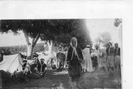 GUERRE 1914 - Campement Des Goumiers ( Au Centre Le Fils D' ABDEL-KADER ) - Personnages