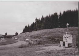 CPM 12 AUBRAC ... L'entrée Du Village . La Croix-fontaine (Livenais 020803) - Other Municipalities
