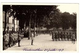 MILITARIA - CARTE PHOTO - 1914-1918 - Fontainebleau 21 Juillet 1917 - Regroupement Militaire - Guerra 1914-18