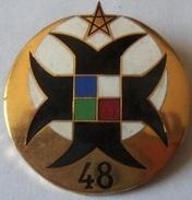 ANCIEN INSIGNE MILITAIRE 48 ? - 1939-45