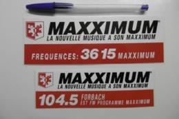 Autocollant Stickers Médias RADIO MAXXIMUM Fréquences 3615 MAXXIMUM 104.5 FM FORBACH - Lot De 2 - Pegatinas