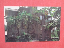Old Japanese Building Now Used For Agriculture- Kolonia Ponape E Caroline Island     Ref   3655 - Japan