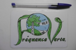 Autocollant Stickers Médias RADIO FREQUENCE VERTE 92.8 FM - Pegatinas