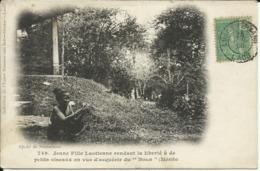 """Jeune Fille Laotienne Rendant La Liberté à De Petits Oiseaux En Vue Du """" Boun """" ( Mérite ) , CPA ANIMEE , 1908 - Laos"""