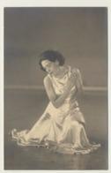Foto Photo Junge Frau Jeune Femme Young Woman   Danseuse ? Dresden - Photos