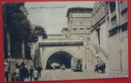 ROMA - IL TRAFORO DEL QUIRINALE - TRAMWAY NR.303 , ANIMATA , RARA - Transports