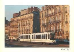Trains - Tramways - Nantes - Le Tramway. Quai De La Fosse - Voir Scans Recto-Verso - Tramways